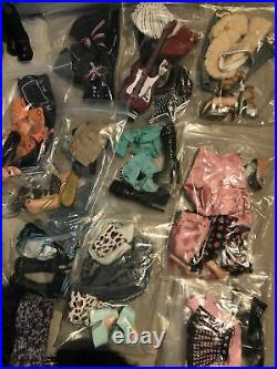 Very Large Bundle Bratz Dolls And Clothes. First Editions ++ Lots Sets Rare HTF